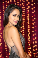 Pragya Jaiswal in a lovely Sleevelss Backless Dress at Zee Telugu Apsara Awards 2017 15.JPG