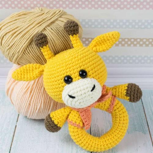 Giraffe Baby Rattle - Free Pattern