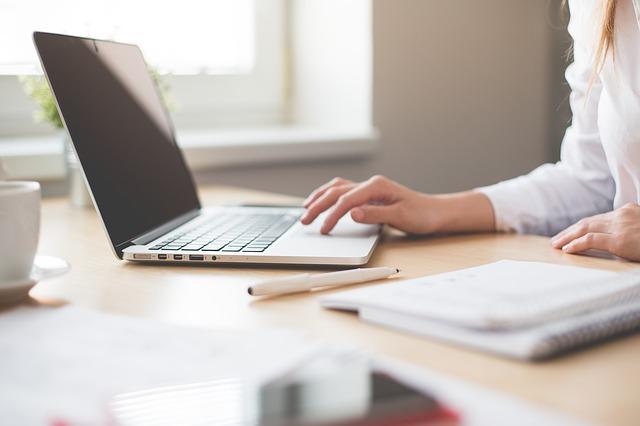 Bisnis Online Tinggal Klik Dengan Mendaftar Situs Legit PTC