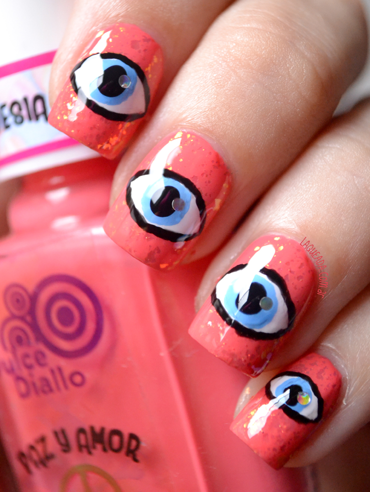 Eyes Nail Art