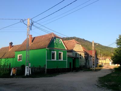 Kolorowe domy w rumunii