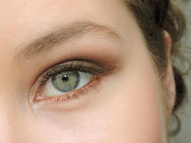bronze-makeup