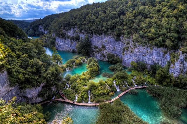 جولة سياحية أجمل البلاد مستوى العالم كرواتيا بليتفيتش Sublime-Plitvice-Lakes-Croatia.jpg