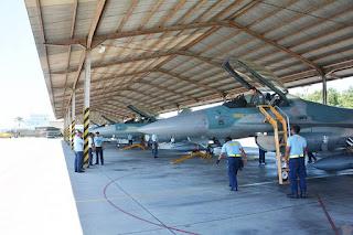 Skadron F-16