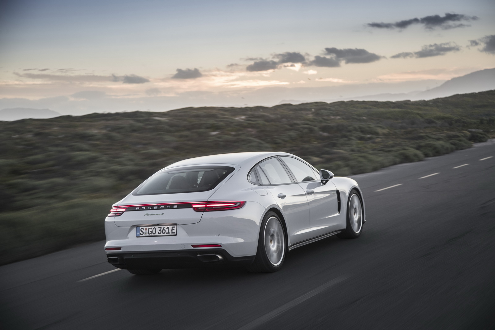Hotter Porsche Panamera E-Hybrid Coming To Geneva With At ...