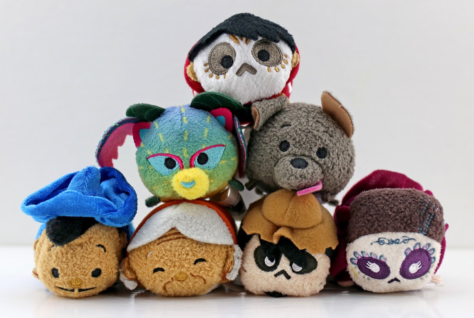 pixar coco disney store tsum tsum collection