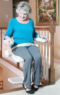 monte escalier assis