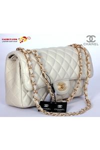 5e6125380 اجمل موديلات شنط حقائب جذادين نسائية بنات ماركة شانيل ماركات عالمية اخر  موضة 2013 Beautiful brand Chanel Bags
