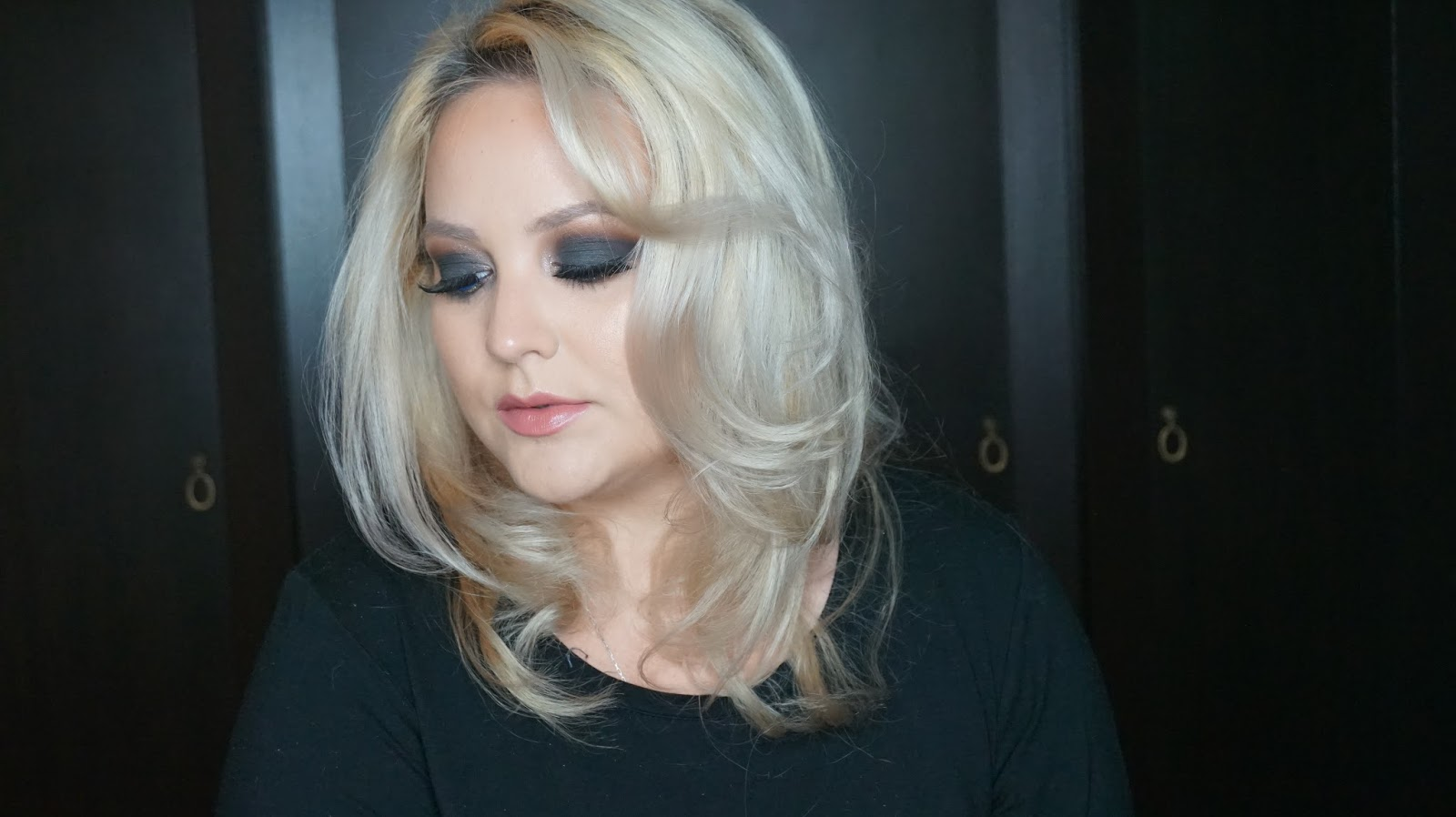 Tutorial Dark Blue Smokey Eyes Glitter Maria Dumitrescu