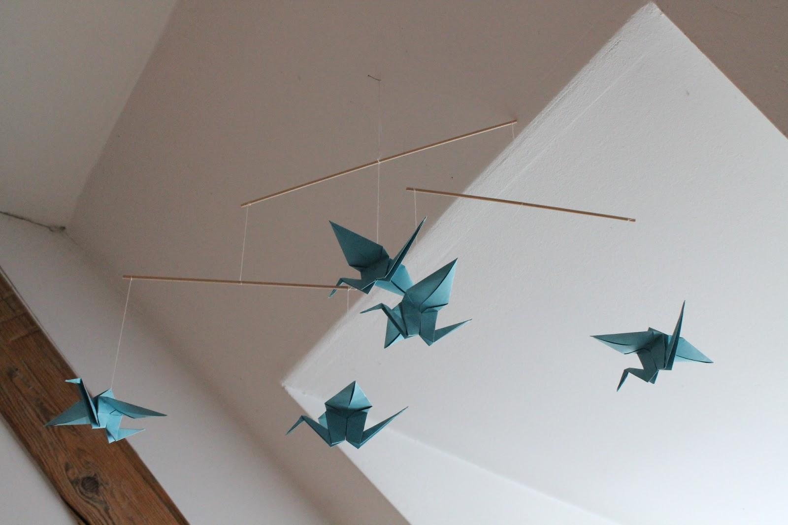 lisartig origami mobile. Black Bedroom Furniture Sets. Home Design Ideas