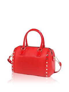 saldi borse bauletto: il modello con borchie di Pollini