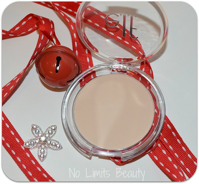 Prime and Stay Finishing Powder de ELF
