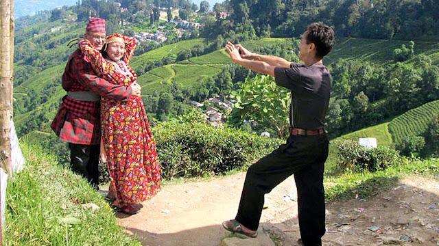 Tourist in Nepali Attire in Darjeeling