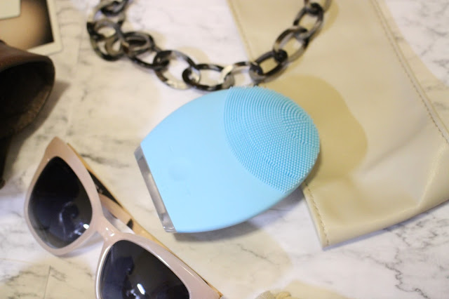 foreo luna 2 review, foreo luna 2 blog review, luna2 review, foreo face brush review, foreo luna 2 review, foreo luna 2 video, foreo luna 2 coupon