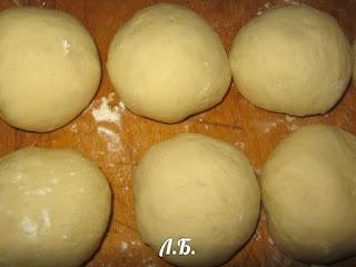 формовка красивого пирога
