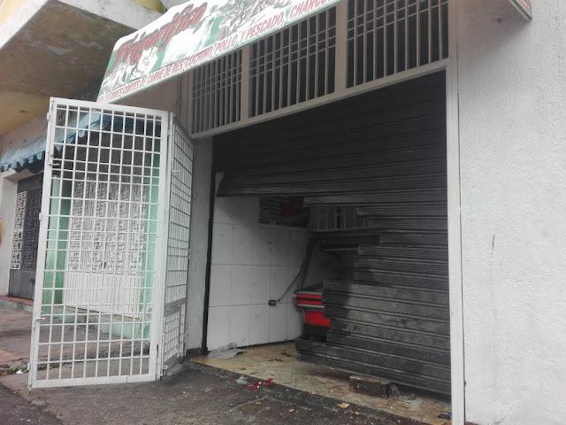 Colectivos Paramiulitares de Vielma Mora saquean comercios y aterrorizan a vecinos de San Cristobal