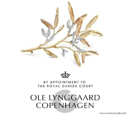Crown Princess Mary wore a gold headpiece by Ole Lynggaard - Petit Frost