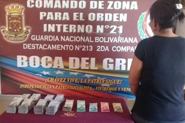 5 mujeres encarceladas por llevar 30 millones de bolívares en efectivo