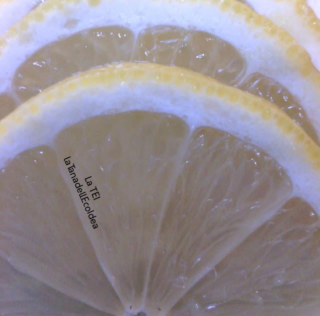 Limoni tagliati