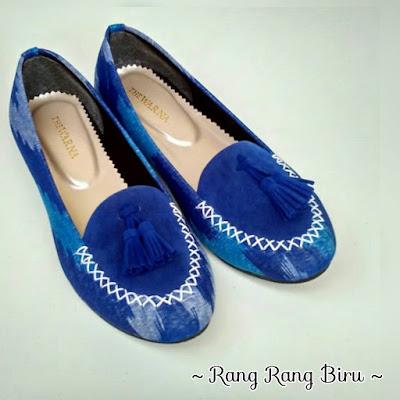 Sepatu The Warna: Tenun Rang Rang Bali