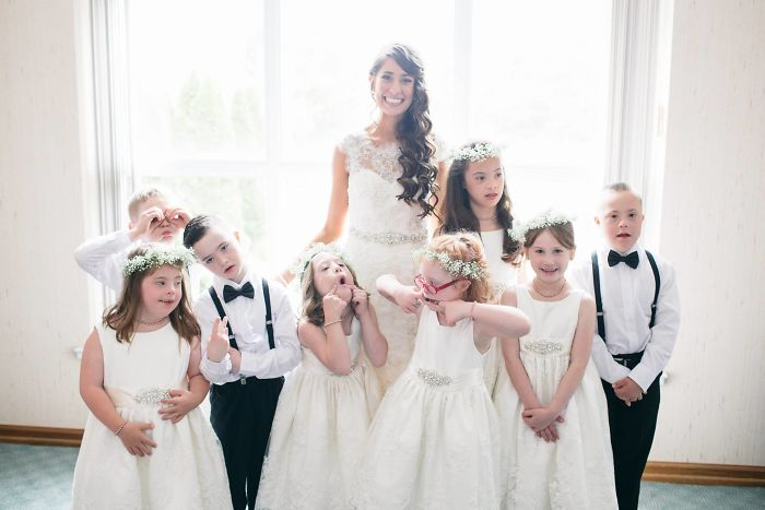40 Times 2016 Restored Our Faith In Humanity - Special Ed Teacher Invites Entire Class To Her Wedding