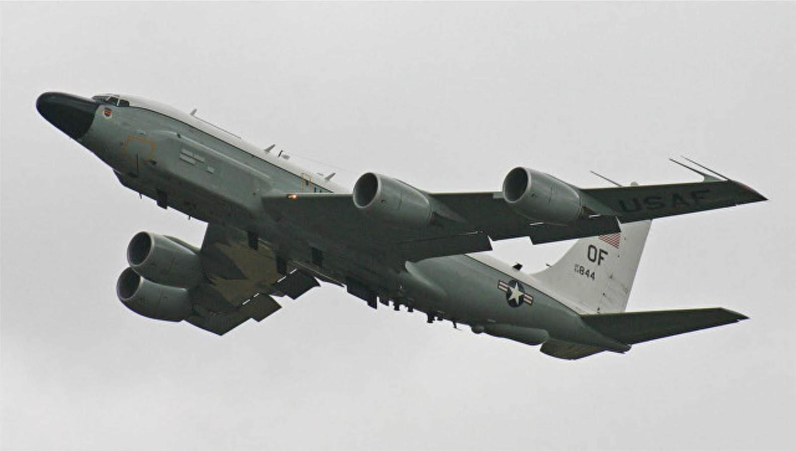 Pesawat pengintai Angkatan Udara AS menuju ke Semenanjung Krimea
