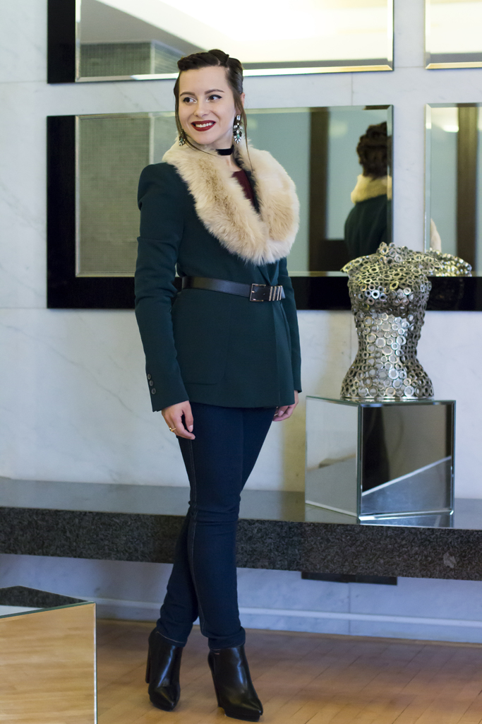 the blazer with fur collar