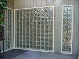 Desain Rumah Minimalis: Glass Block