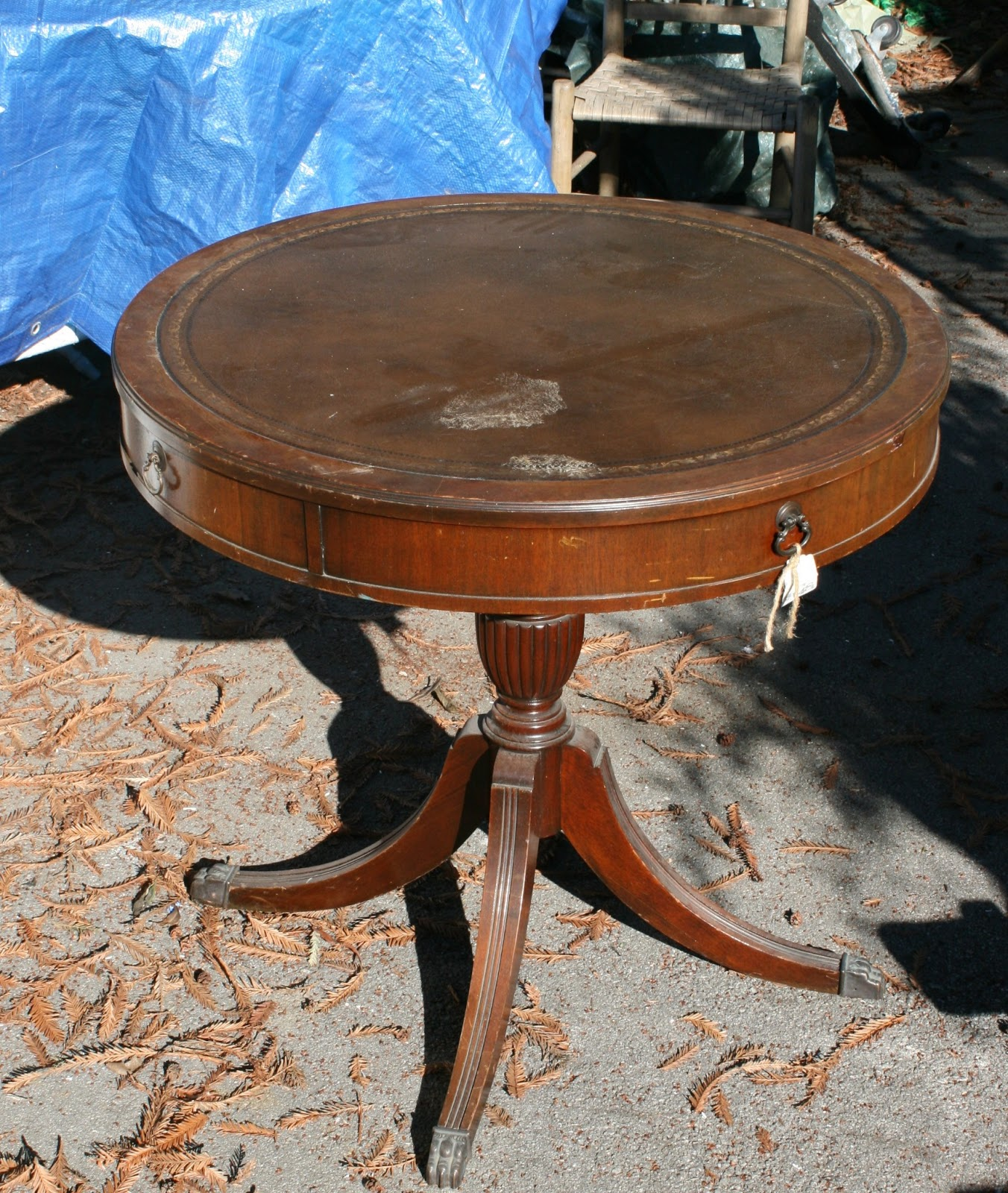 Antique Round Leather Top Coffee Table: Reloved Rubbish: Leather Topped Table: Chalk Paint Makeover