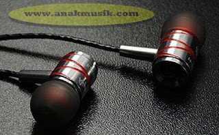Tips Memilih Earphone  Headphone Headset