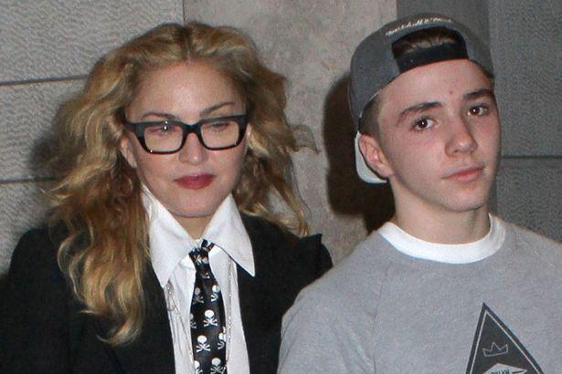 Madonna publica una foto junto a su hijo Rocco.