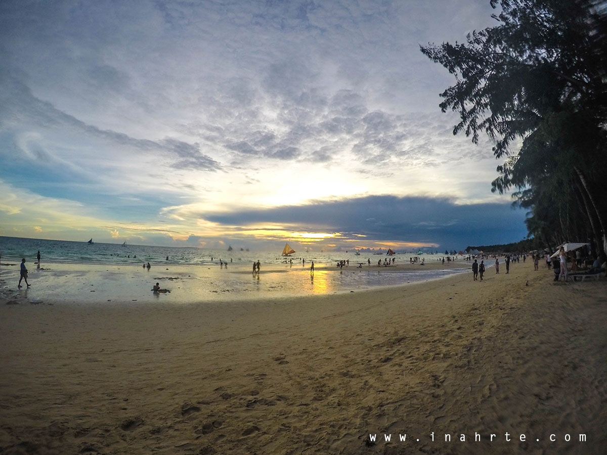 Almost sunset shot at Boracay beach front