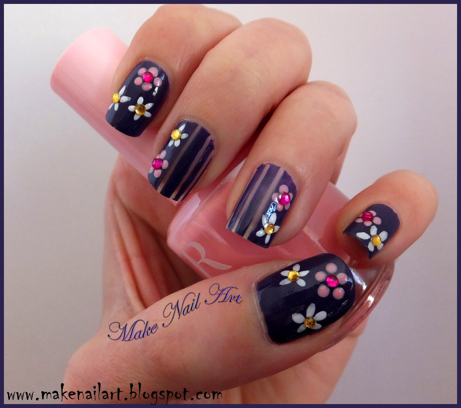 Make Nail Art: Easy Flower Nail Design For Spring Nail Art ...