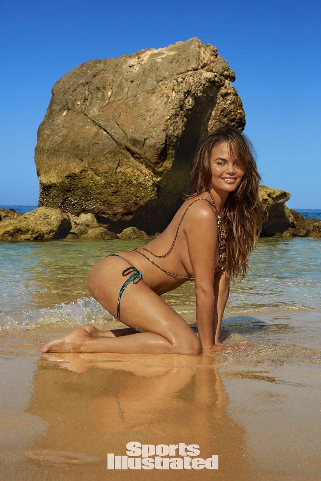 Chrissy Teigen - Sports Illustrated Swimsuit Issue 2017