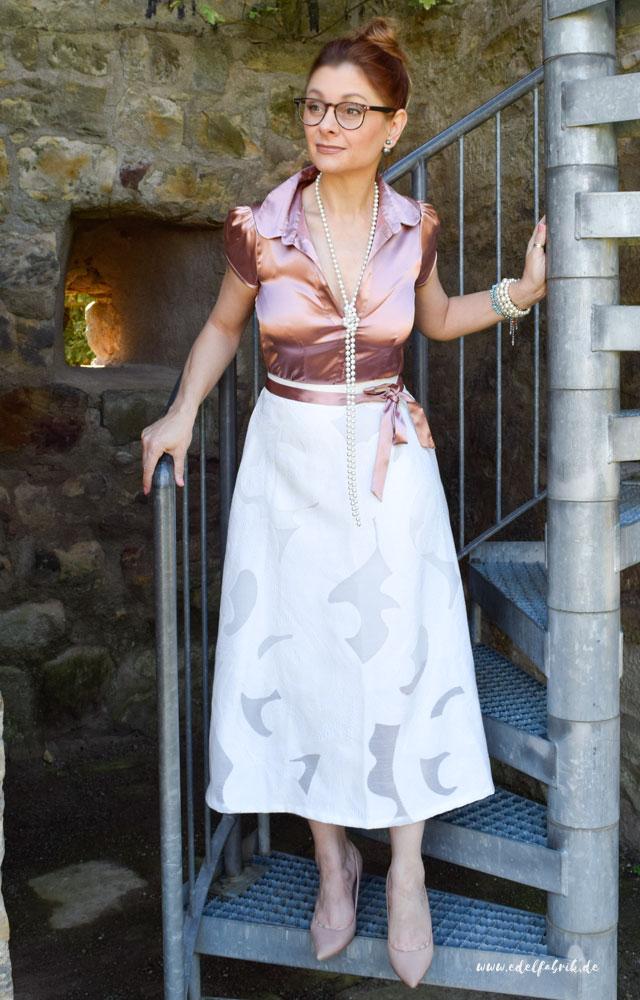die Edelfabrik, weißer Mdirock von H&M, Rosa Satinbluse