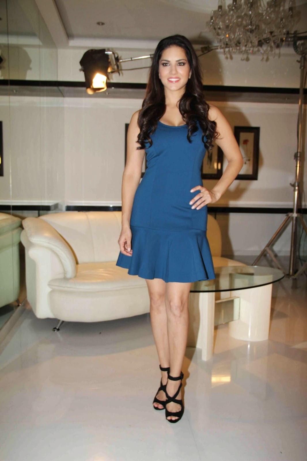 High Quality Bollywood Celebrity Pictures Sunny Leone -9535