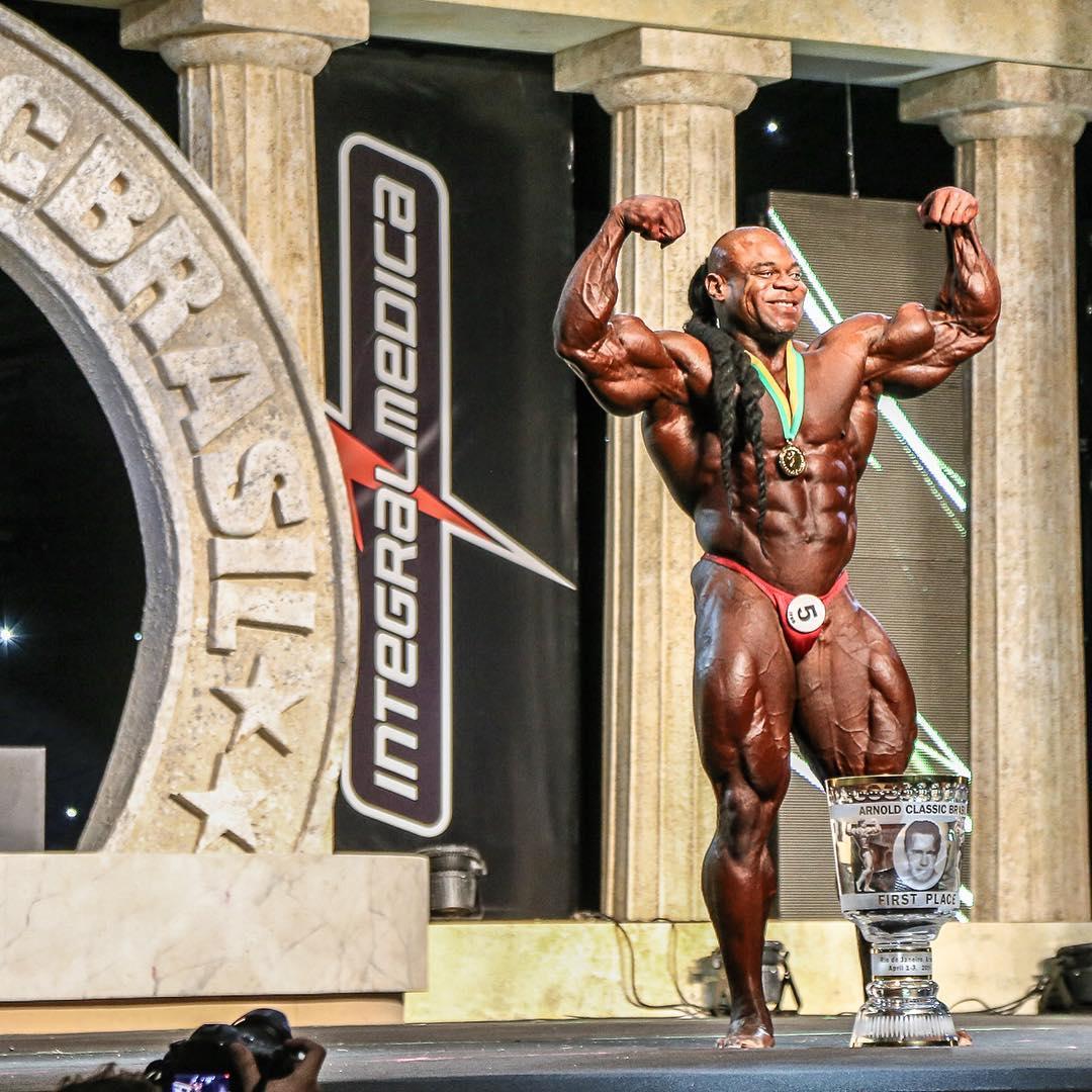 Kai Greene conquista troféu de Campeão Bodybuilding PRO do Arnold Classic Brasil 2016. Foto: Sérgio Souza
