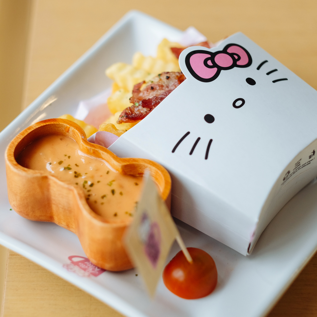 Cuisine Hello Kitty Ecoiffier Hello Kitty Cafe Pantai Indah Kapuk Jakarta