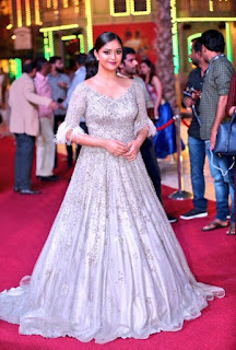 Keerthy Suresh with Cute Smile at SIIMA 2018 in Dubai