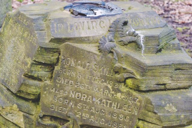 Ronald Skill headstone