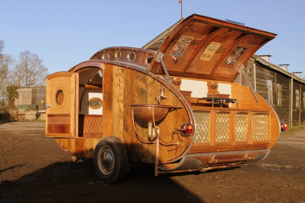 12-Dave-Moult-Tiny-Steampunk-Architecture-with-the-Teardrop-Trailer-www-designstack-co