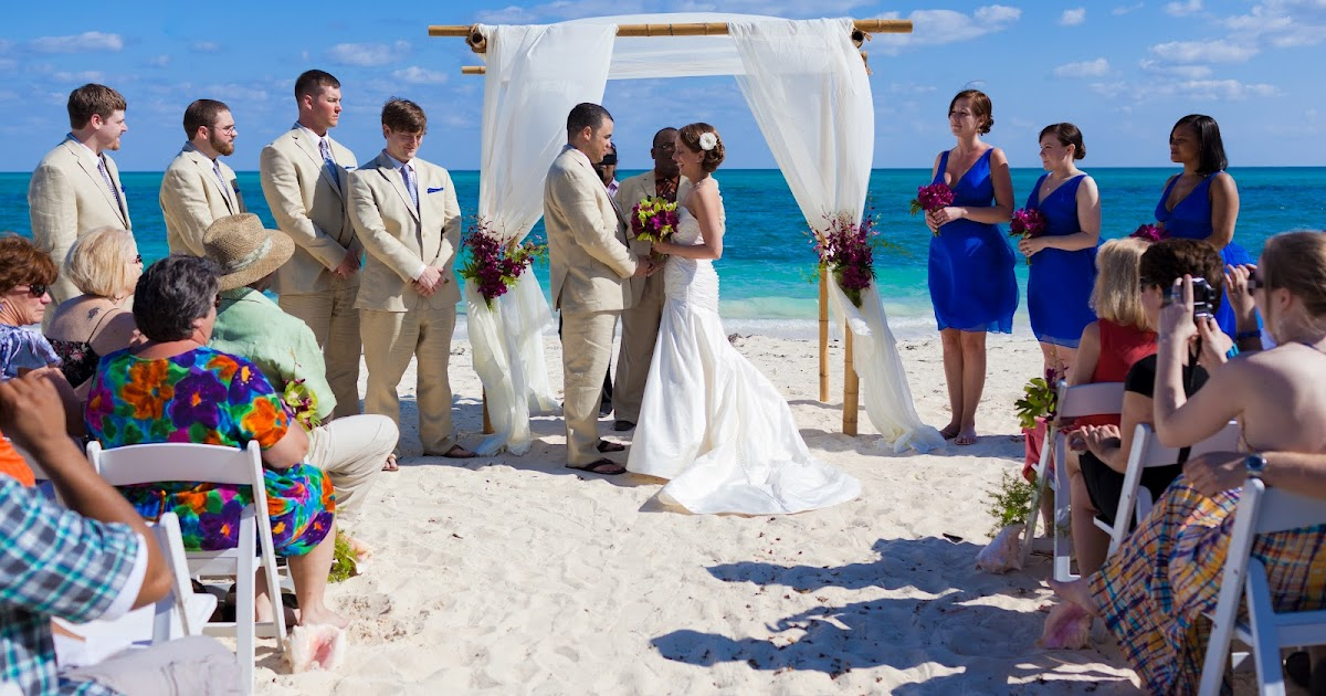 Destination Wedding In The Bahamas: Chic Bahamas Weddings: Bahamas Destination Wedding