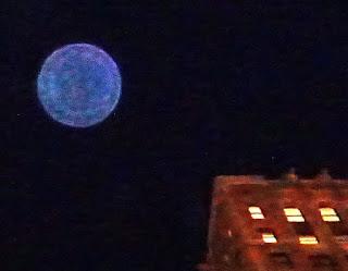 blue air orb