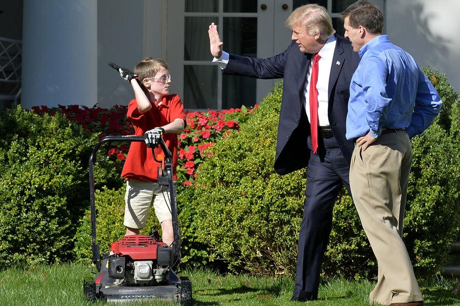 Frank, 11 ans et fan de Trump, jardinier d'un jour à la Maison Blanche