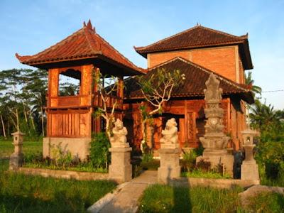 Gapura Candi Bentar, Rumah Adat Bali