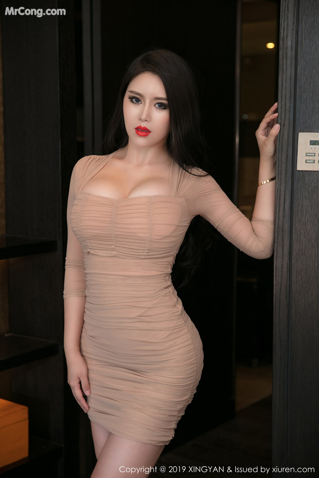 Image XingYan-Vol.111-Ke-Rui-Na-MrCong.com-022 in post XingYan Vol.111: Người mẫu Ke Rui Na (可蕊娜) (52 ảnh)