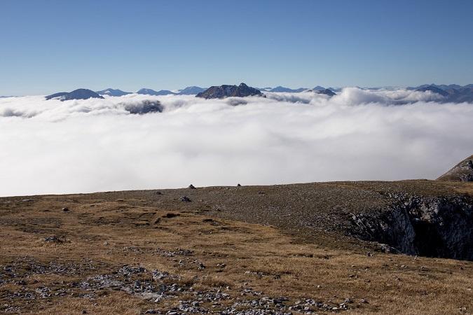 Wandern Hochsteiermark | Von der Laufstraße am Präbichl zum Gipfel des Hochturm | Wolkenmeer am Trenchtling