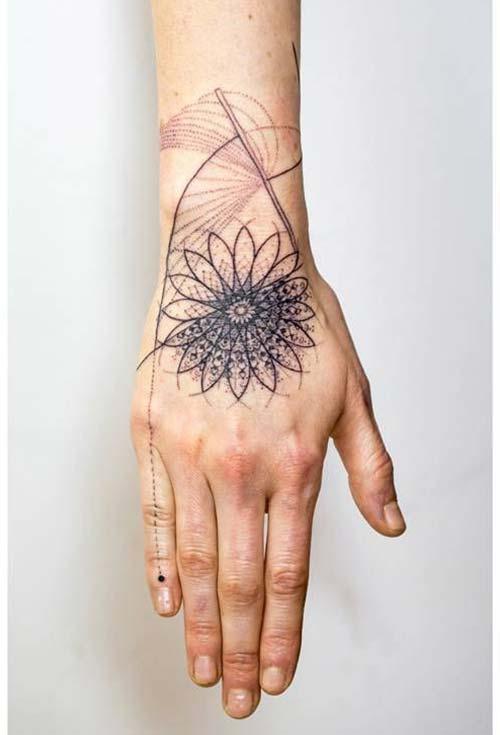 geometrik bilek dövmeleri mandala geometric wrist tattoos