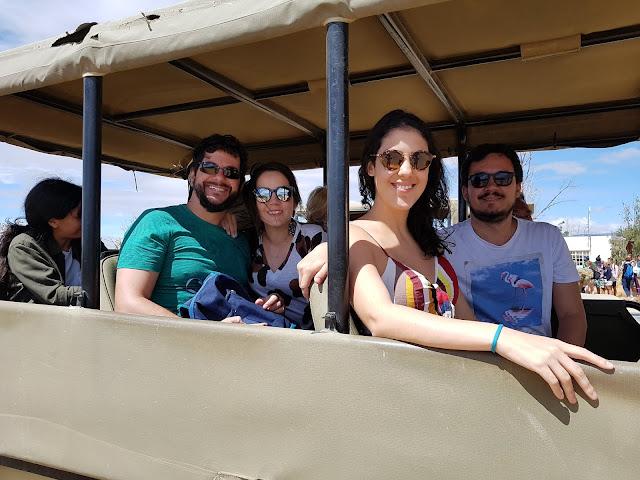 Nós somos levados num carro como esse - Safari - Inverdoorn - África do Sul