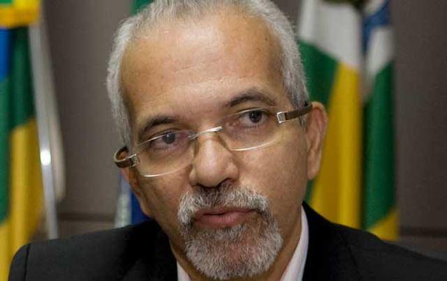 Edivaldo Nogueira, do PCdoB, retorna à prefeitura de Aracaju-SE